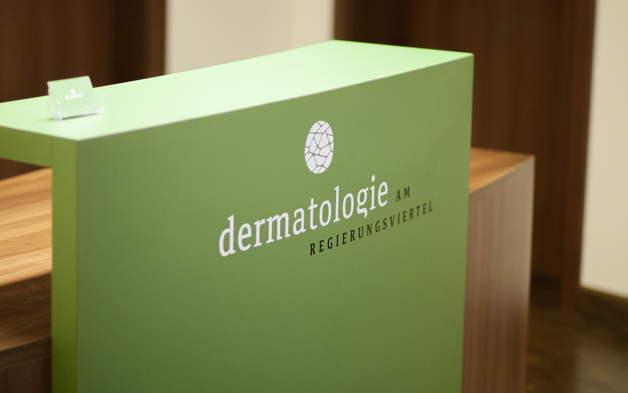<strong>Dermatologie am Regierungsviertel</strong><br>Praxis Berlin Mitte, Dr. Ulrich