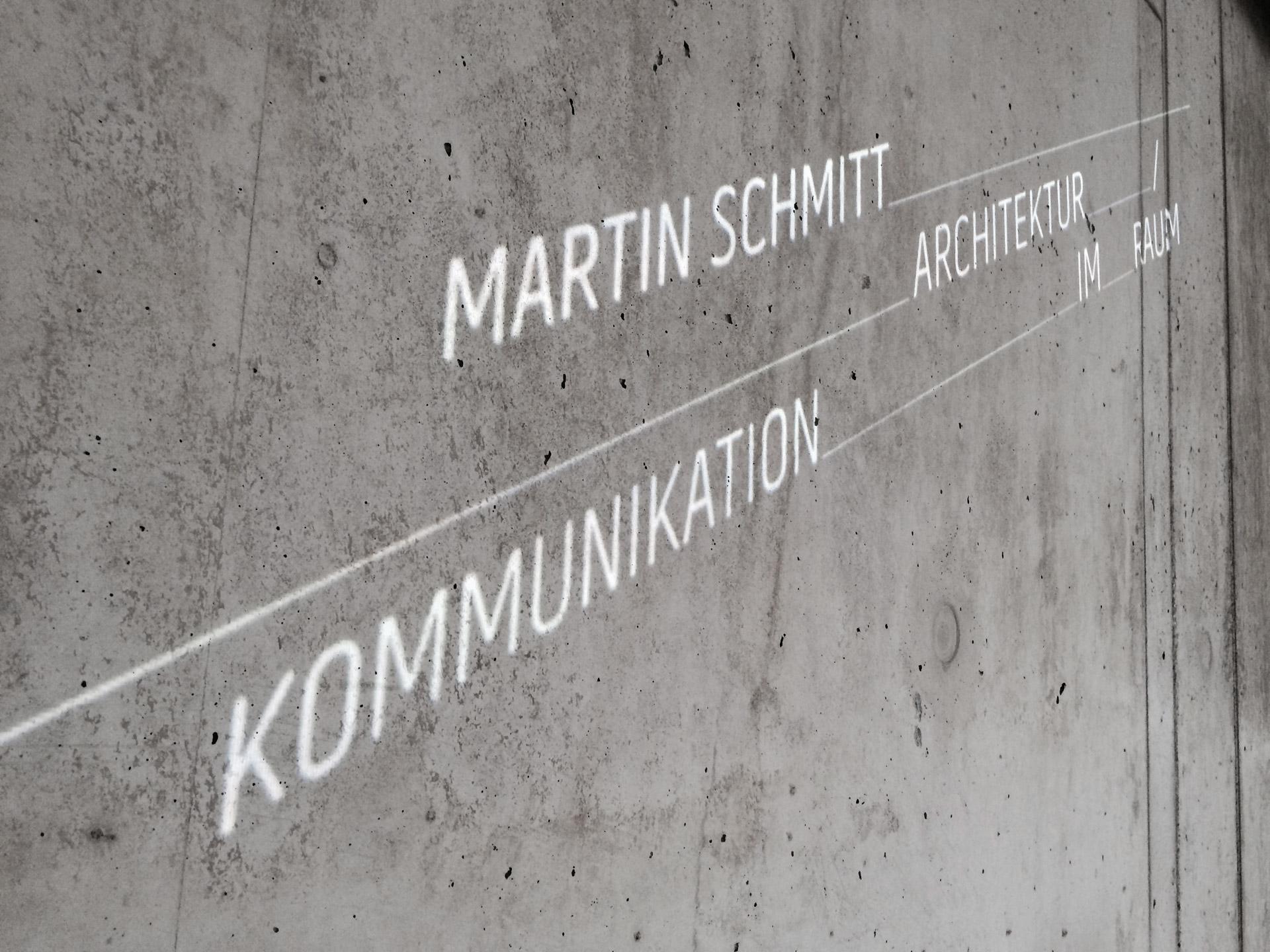 <strong>Martin Schmitt</strong><br>Architektur_/Kommunikation_im_Raum